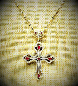 Cordão Com Crucifixo Cristais Rubi Prata Em Banho Ouro 2663