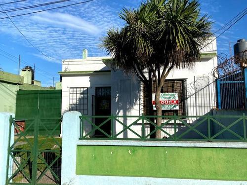 Casa De 3 Dormitorios En Alquiler Maroñas