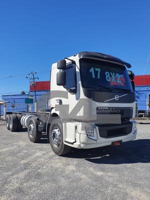 Volvo Vm 330 8x2 16/17
