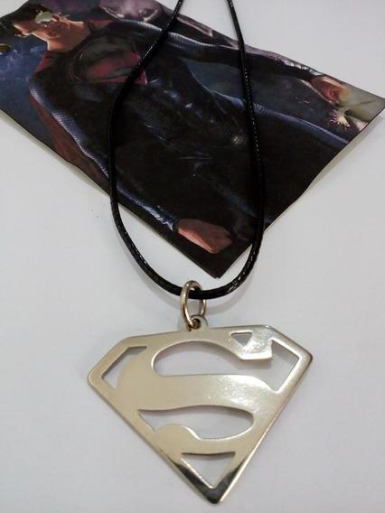 Colar Herói Super Man Simbolo