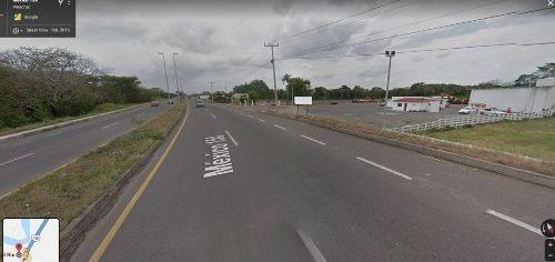 Terreno En Venta A Pie De Carretera Cerca De Plaza Dorado