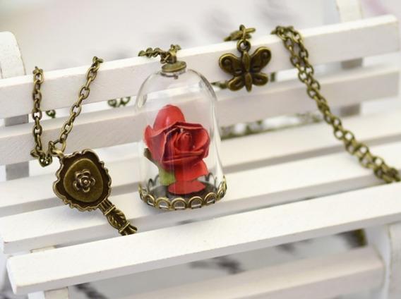 Collar De Rosa Encantada De Bella Y Bestia