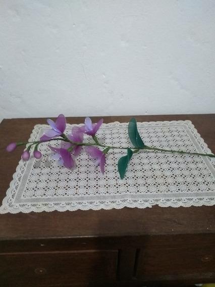 Arranjo Orquídea Com Flores Lilás Violeta E Verde