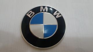 Emblema Logo Bmw 320 2015 Original Usado 7288752. Dianteiro.