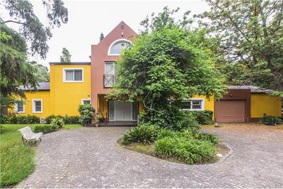 Hermosa Casa En La Mejor Zona De Parque Leloir