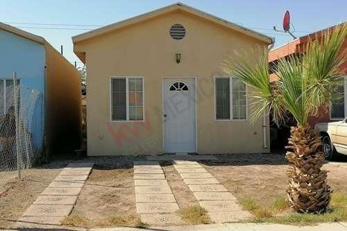Se Vende Casa En Fracc Las Magdalenas ( Calle 11) A Diez Minutos De La Garita Internacional Con Usa