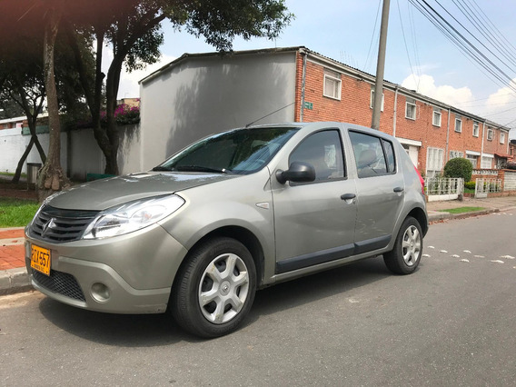 Renault Sandero Experssion 1.6 - 2012