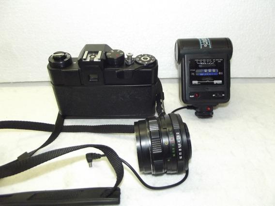Câmera Zenit 12xp; Lente M52x0,75; Flash Tron S300; Bolsa