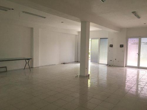 Renta De Oficina En Plaza Comercial Supermanzana 50 Cancun