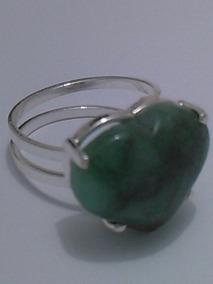 Anel De Prata 950 Com Pedra Coração De Esmeralda Natural