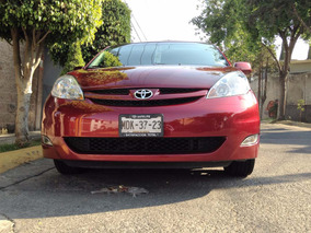 Toyota Sienna 2009 Rojo Cereza Impecable