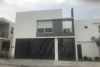 Hermosa Residencia En Fraccionamiento Privado.