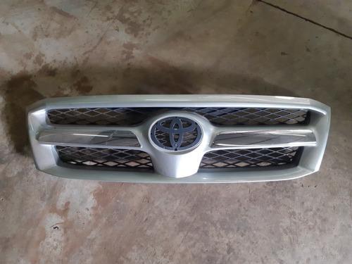 Imagem 1 de 3 de Grade Dianteira Original Toyota Hilux 2006/2007/2008