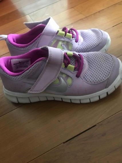 Vendo Zapatillas Nike Niñas