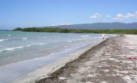 Terreno En Azua Son 100,000 Tareas 5 Km Lineales De Playa Y