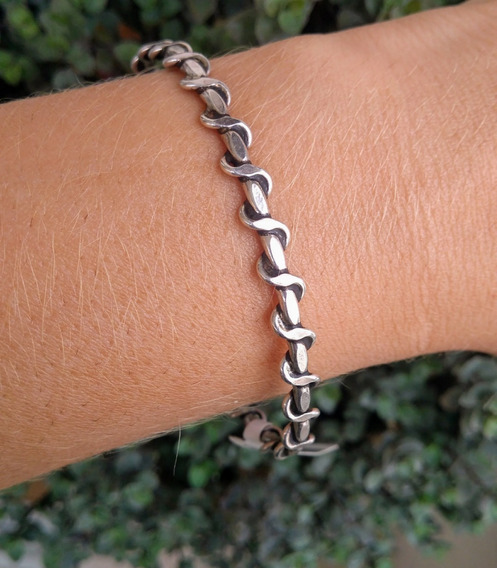Bracelete Torcido Em Prata 925
