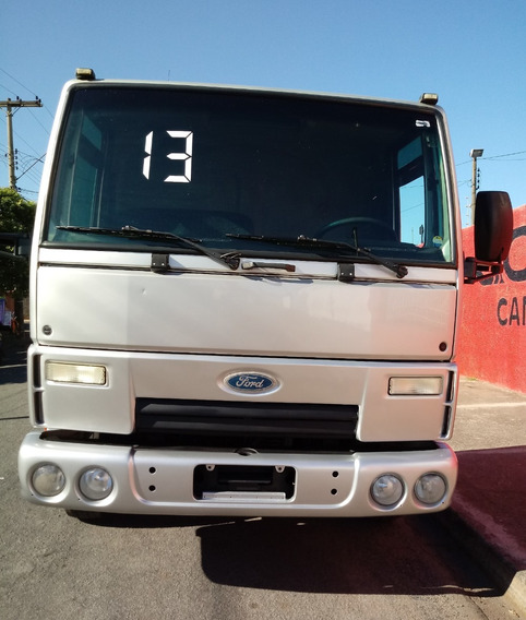 Ford Cargo 816 2013 Prata Covelp Americana