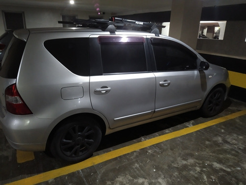 Imagem 1 de 4 de Nissan Livina 2013 1.6 S Flex 5p