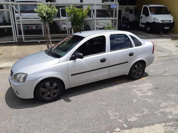 Corsa Sedan 1.8 2004