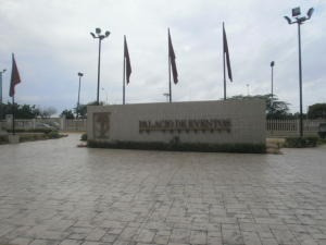 Alquilo Oficina En Palacio De Evento Mls:19-6144 Karlapetit