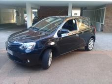 Toyota Etios - Permuto X Vw Saveiro Pick Up - 0 Km O Simil