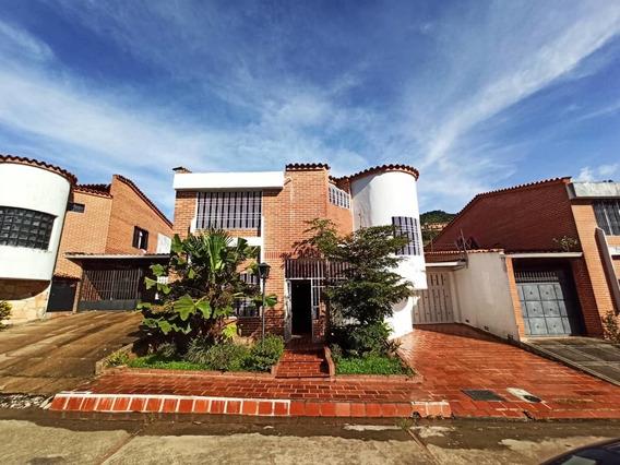 Casa En La Urb Trebolinda. Av 19 De Abril