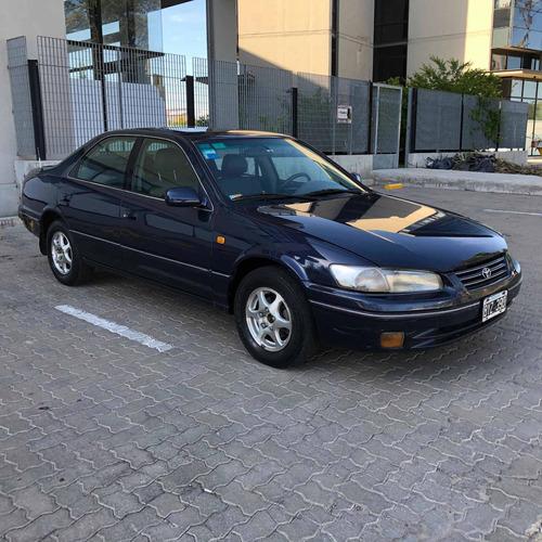 Toyota Camry 2.2 1998