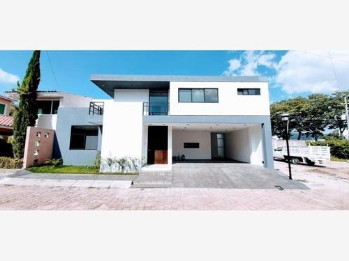 Casa Sola En Venta Residencial Club Campestre