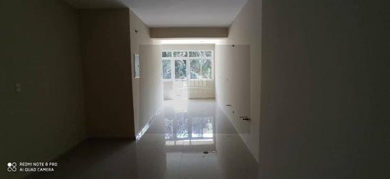 Apartamento En Res Titanium Suites, Trigal Norte. Lema-487