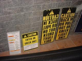Placas Importadas Para Decoração Garagem Escritorio Bar