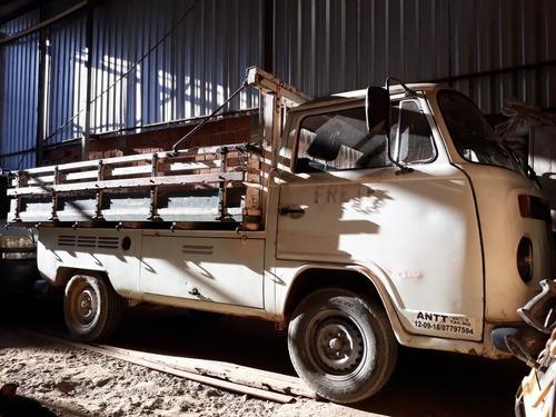 Imagem 1 de 6 de Volkswagen  Kombi