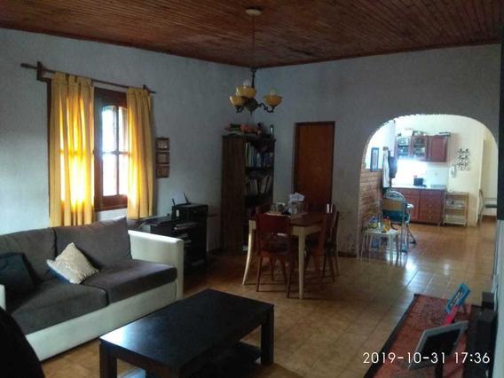Casa En Posadas 2 Dormitorios 2 Baños