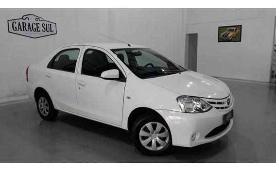 Toyota Etios X 1.5 Flex