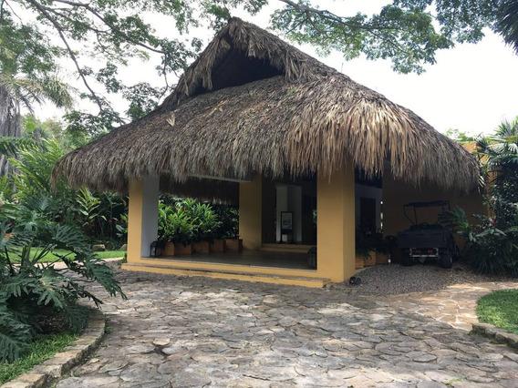 Espectacular Lote En Mesa De Yeguas Country Club