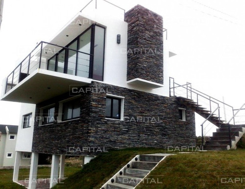 Casa En Altos De Punta Piedra - 3 Dorm.- Ref: 25354