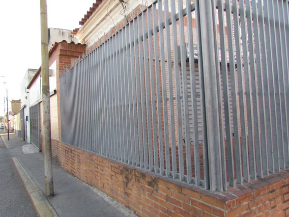 Se Vende Local 216m2 El Cementerio