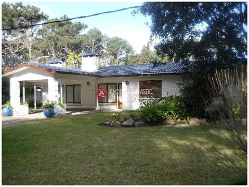 Casa En Venta Y Alquiler, San Rafael, Punta Del Este, 3 Dormitorios.- Ref: 6365