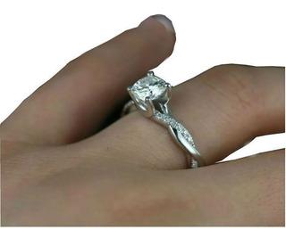 Anel Solitário De Ouro Branco18k Mais 50 Pontos Em Diamantes