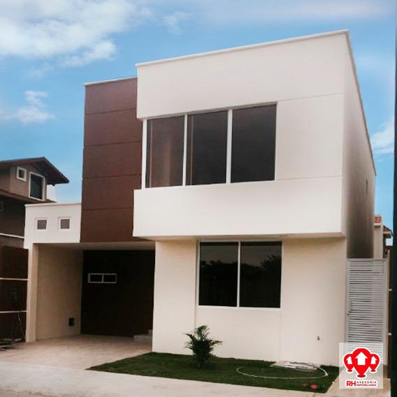 Casa Nueva En Venta, Portal Del Rio, Machala, 901
