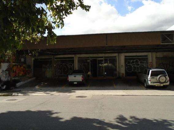 Casa En Venta En La Castellana. Mls #19-11533