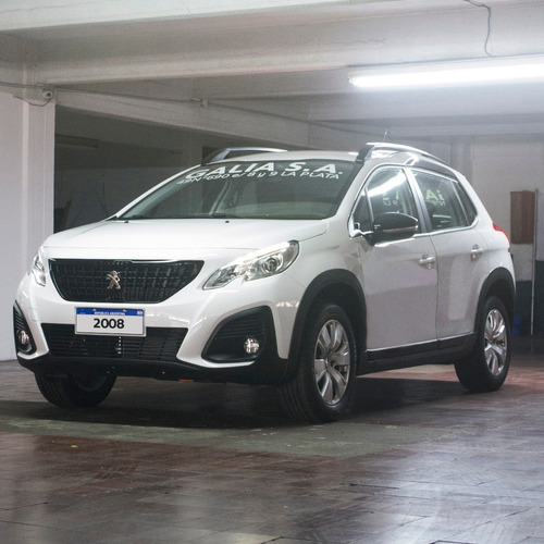 Peugeot 2008 Allure 1.6   Nafta 115cv   0km 2020