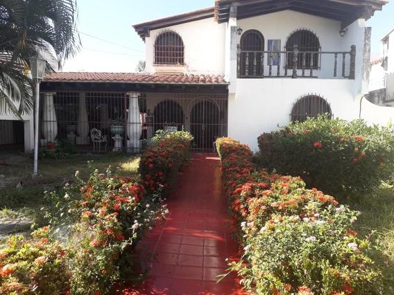 Casa En Venta Andres Bello 04143455606