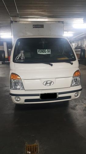 Imagem 1 de 9 de Hyundai Hr Baú 2.5 Diesel 2p Manual 2011/12 - Impecável