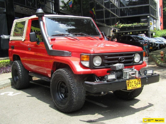 Toyota Land Cruiser Carevaca 4500 Cc Mt 4x4