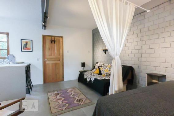 Studio No 1º Andar Mobiliado Com 1 Dormitório E 1 Garagem - Id: 892945940 - 245940