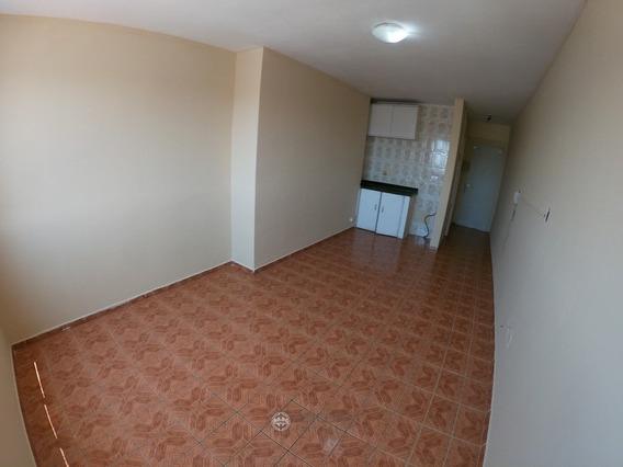 Kitnet Res. 01 Dorm. Cond. Monte Carlo Centro - 3293-2
