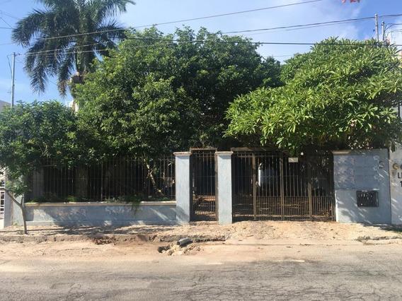 Hermosa Casa Con Acabados De Lujo, Pisos De Mármol, Puertas De Cedro Y Caoba En La Col. Nuevo Yucatán
