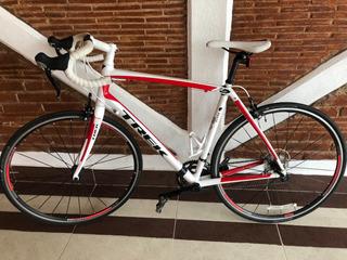 Bicicleta Trek Domane 2.3