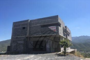 Casa En Venta En Santiago Nuevo León Colonia Alviento.