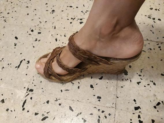 Sandalias Mujer Cuero Camel Taco Chino